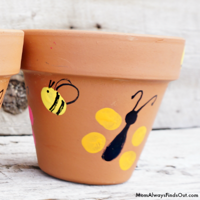 bumblebee-thumbprint-pot